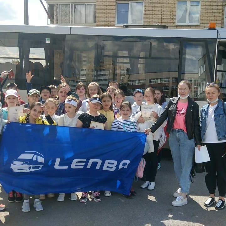Заказ автобусов и микроавтобусов в Санкт-Петербурге Ленба